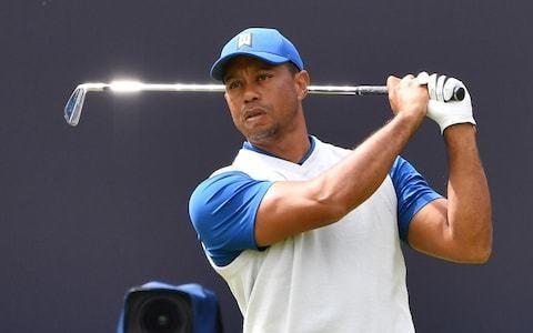 Tiger Woods plans on October return after knee surgery