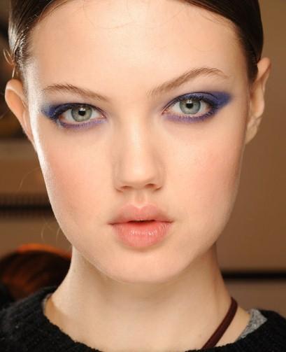 Beauty how to: Purple eyes