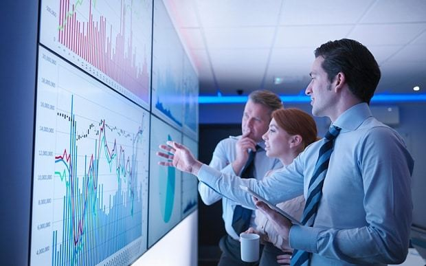 Accelerating smarter business decisions with analytics