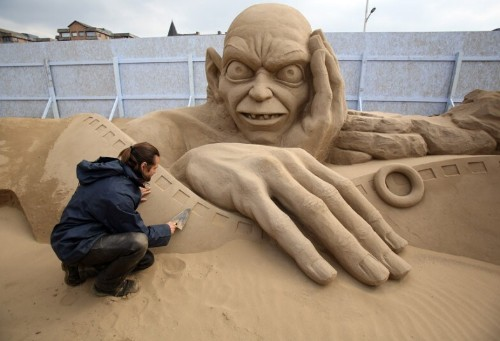 Hollywood Themed Sand Sculptures in Weston-Super-Mare  - Telegraph