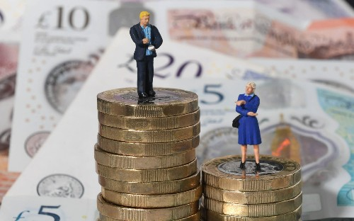Largest UK companies rebuked over lack of women on top teams