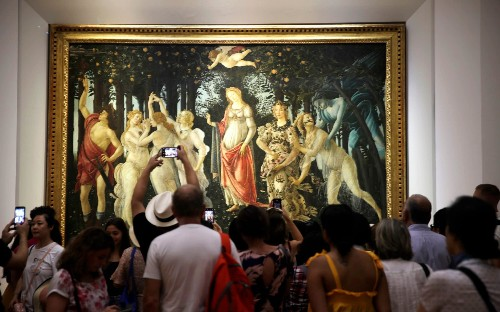 Uffizi Gallery panel resigns in row over loan of Raphael portrait to major Rome exhibition