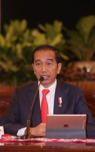 Indonesian presidents halts law banning extra-marital sex after public uproar