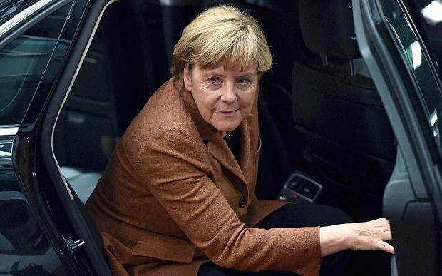 Angela Merkel's ministers 'ignored warning over Volkswagen emissions rigging'
