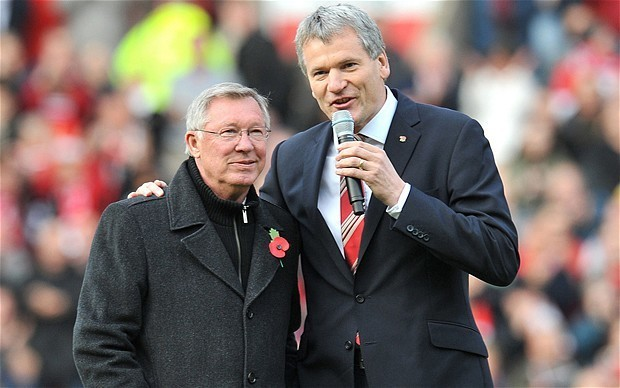 Former Manchester United chief executive David Gill elected to Uefa executive committee