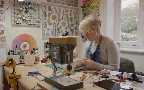 Meet the woman who can embroider nature - the amazing world of Amanda Cobbett