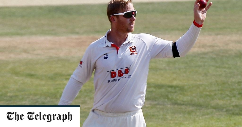 Essex spinner Simon Harmer takes 14 wickets in victory over Surrey playing through injury