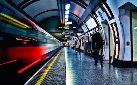 4G on the Tube? Please no, it's one of the last places where we can't check our phones