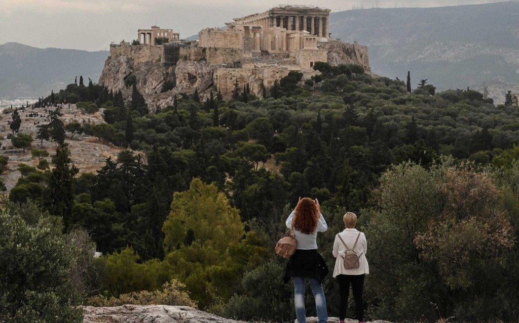 Brits will be able to holiday in Greece without quarantine