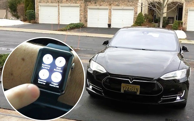 How to summon a Tesla car using Apple Watch