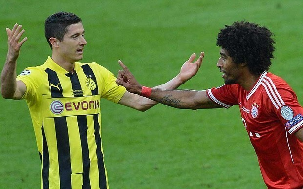 Robert Lewandowski's move to Bayern Munich is off, according to Borussia Dortmund chief