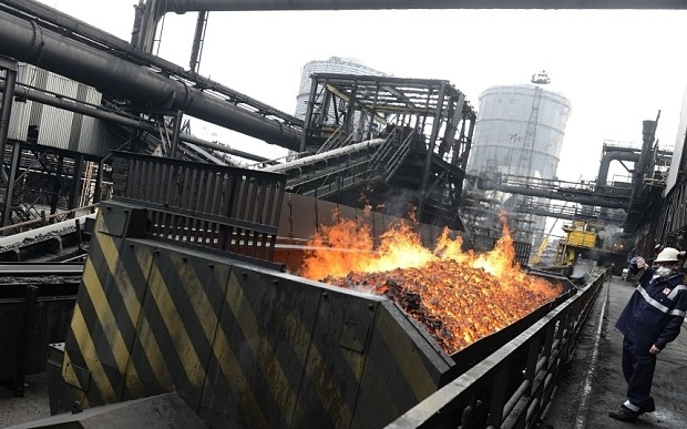 2,000 jobs at risk as Redcar steel plant fights for survival