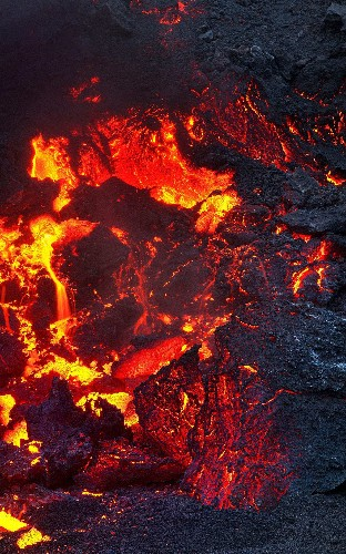 Photographer captures moment Icelandic volcano erupts, in pictures