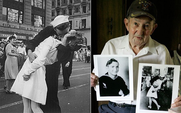 Sailor in iconic WW2 kiss image dies