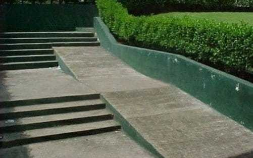 By accident or design? 16 architectural fails that defy all logic