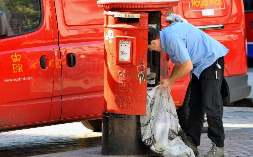 Royal Mail's pay offer spurned by unions