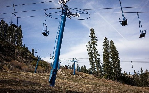 Will global warming kill off skiing in North America?