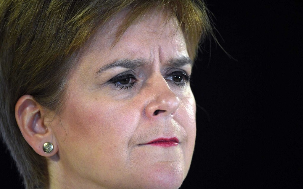 Nicola Sturgeon defends attempt to keep her chief medical officer in post even after police warning