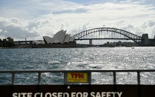 Australian man who breached quarantine should watch videos of coronavirus victims