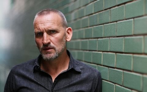 'Courageous' Christopher Eccleston praised for revealing anorexia battle