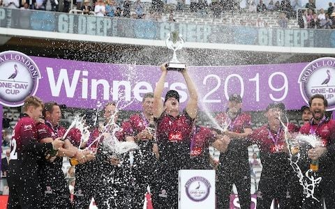 James Hildreth leads Somerset's 'nearly men' to victory after agonising 14-year wait