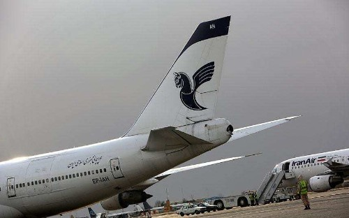 Iranians hold plane sit-ins over 13-hour delays