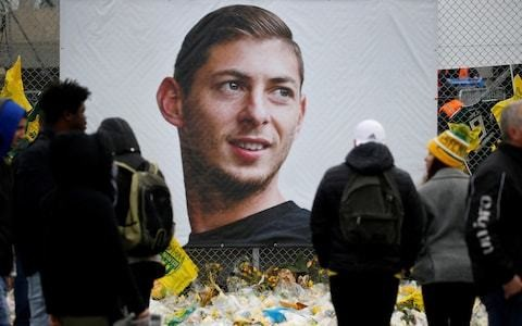 Emiliano Sala's plane washed away as family call decision to abandon wreckage 'a mistake'