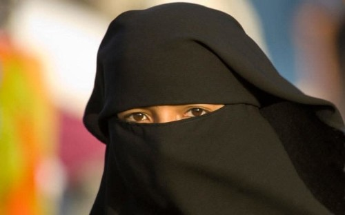 British public back a ban on burka by two to one, poll finds
