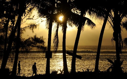 Cook Islands to choose new indigenous name and remove any association with British explorer