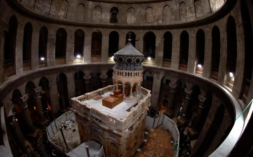 Restoration of Jesus's tomb completed in time for Easter