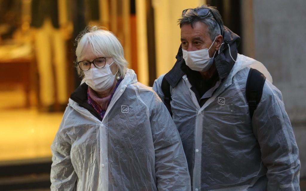 Coronavirus elderly advice: can I visit my elderly relatives in lockdown?
