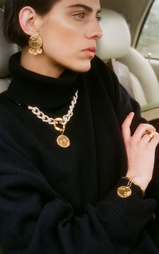 The gold jewellery to drop hints for this Christmas