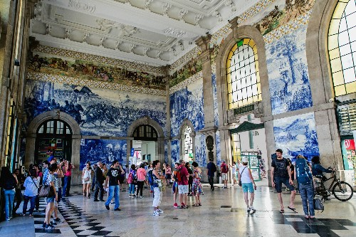 The world's 20 most spectacular railway stations