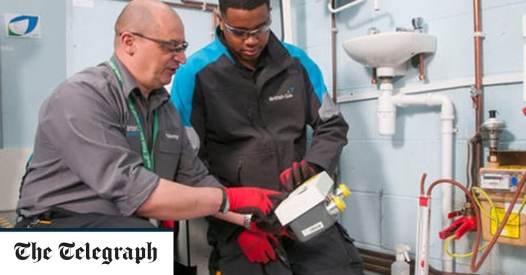 Firms offered £2,000 to take on apprentices