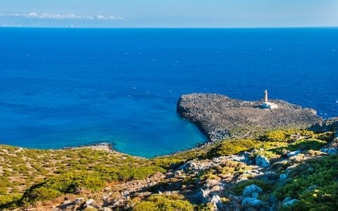 A free house and a new life? This beautiful Greek island is paying families to move there