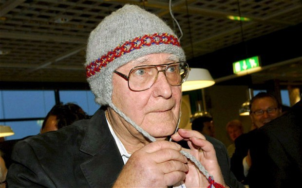 Ikea founder Ingvar Kamprad steps down as chairman
