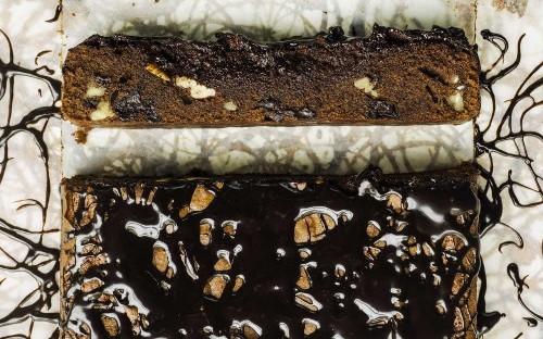 Espresso-pecan chocolate brownies