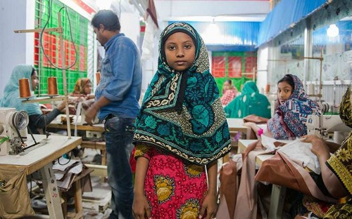 Beyond the label: Photographer documents garment industry in Bangladesh - Telegraph