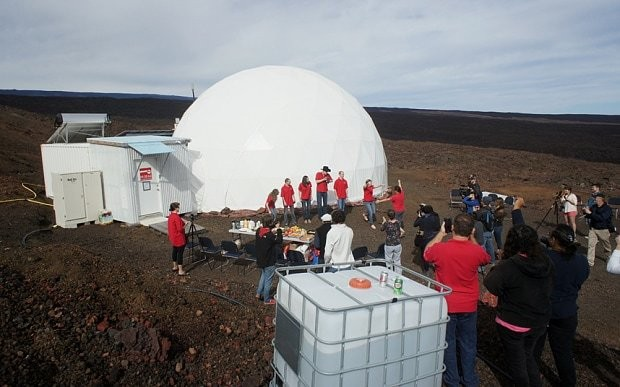 Mars project scientists emerge from dome after 8 months