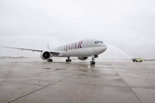 World's longest flight touches down for the first time
