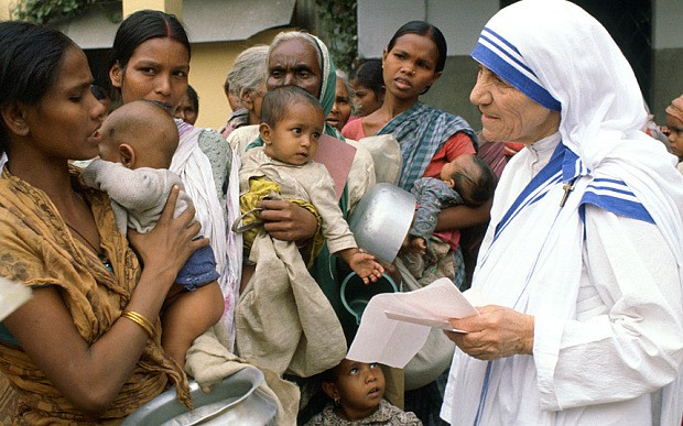 Pope Francis approves miracle needed to make Mother Teresa a saint, says Vatican