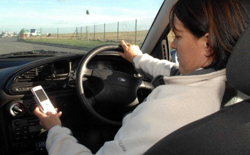 Drivers who kill while on mobile phones will face life sentences