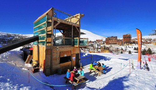 Why Alpe d'Huez is the perfect ski resort for families