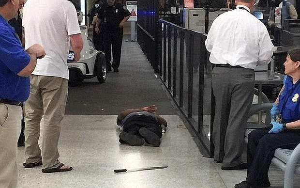 Suspect shot after attacking staff at New Orleans airport has died