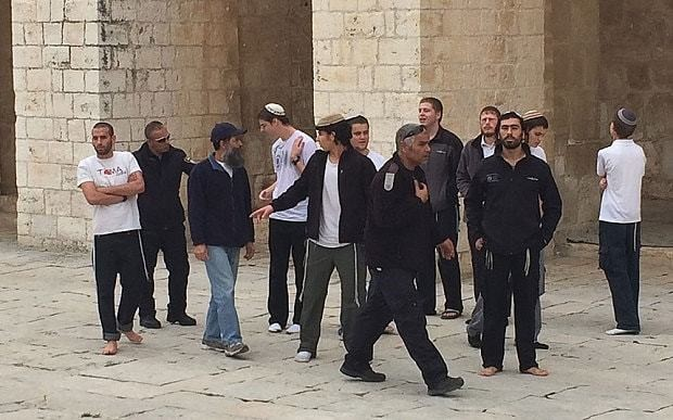 Hardline Israelis anger Palestinians by trying to reclaim prayer rights at Jerusalem's most famous holy site