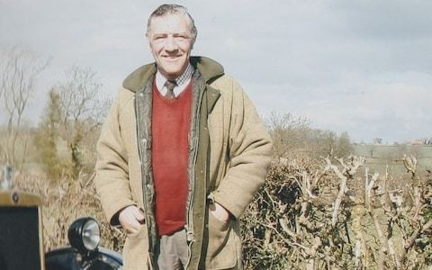 Henry Hill, horseman who spent his life immersed in the world of hunting, showjumping, point-to-points and drag hounds – obituary