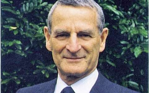 Sir Rex Richards, pioneer of nuclear magnetic resonance spectroscopy who contributed to its adoption in healthcare and other fields – obituary