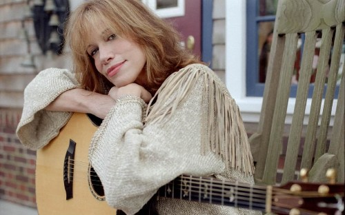 Carly Simon: 'Adultery doesn't have to mean divorce'