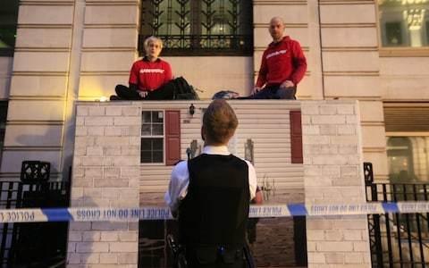 Greenpeace activists 'shut down' BP's London HQ
