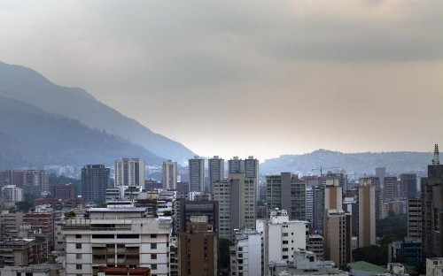 Venezuela introduces two-day week to save energy
